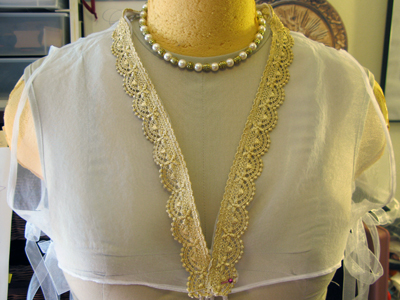 new Venetian partlet & necklace