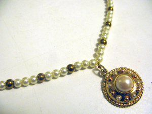 Pearl & gold necklace in Renaissance style