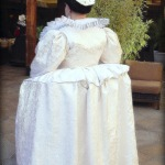 Back of 1590s wheel farthingale gown, photo by Sandra Linehan